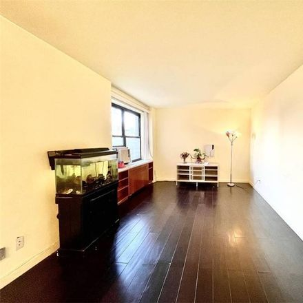 Rent this 2 bed condo on 25th Rd in Flushing, NY