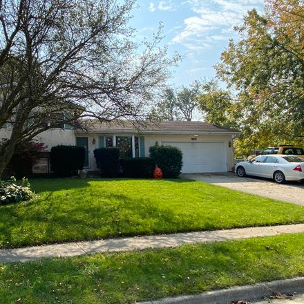 Rent this 3 bed house on 1713 Cook Drive in Normal, IL 61761