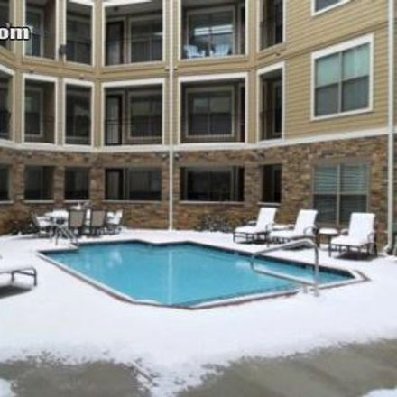 Rent this 2 bed apartment on 2000 Rebsamen Park Road in Little Rock, AR 72202