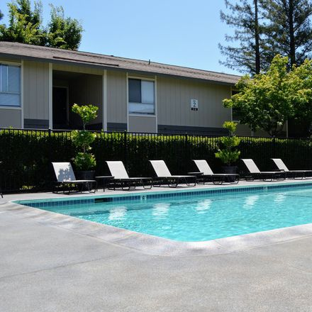 Rent this 1 bed apartment on Sunnydale Drive in Napa, CA 94558