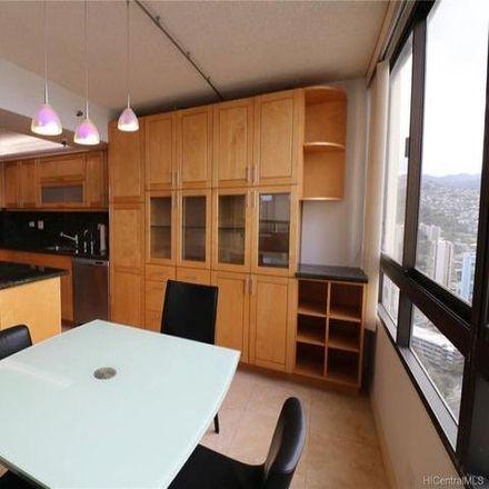 Rent this 3 bed condo on The Iolani Court Plaza Inc in 2499 Kapiolani Boulevard, Honolulu