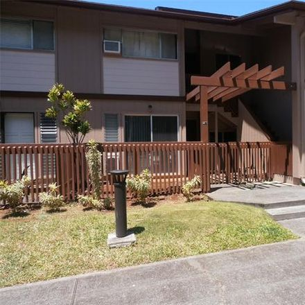 Rent this 2 bed townhouse on Kilinoe St in Pearl City, HI