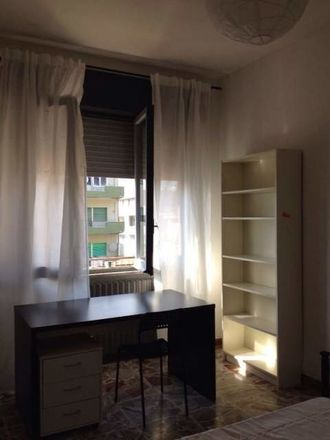 Rent this 4 bed room on Via Socrate in 65127 Pescara PE, Italia