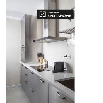 Rent this 2 bed apartment on Ronda de Valencia in 28001 Madrid, Spain