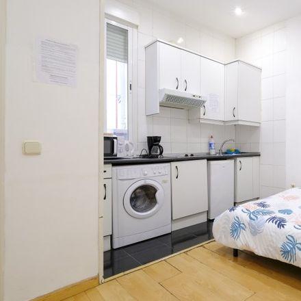 Rent this 1 bed apartment on Consejería de Sanidad in Calle de la Aduana, 28001 Madrid