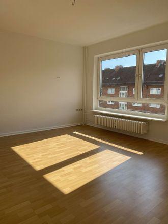 Rent this 1 bed apartment on Knooper Weg 133 in 24118 Kiel, Germany