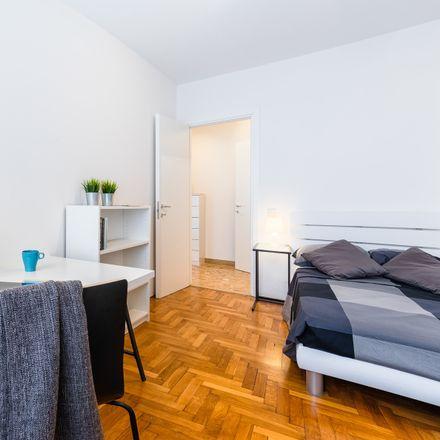 Rent this 4 bed room on Via Pataro Buzzaccarini in 47, 35124 Padova PD
