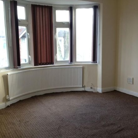Rent this 4 bed house on 69 Ringwood Crescent in Wollaton NG8 1HQ, United Kingdom