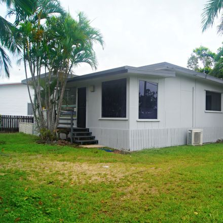 Rent this 3 bed house on 105 Shute Harbour Road