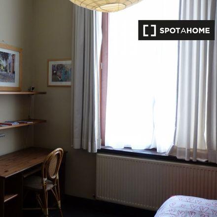 Rent this 4 bed apartment on Rue de la Philanthropie - Menslievendheidsstraat 27 in 1000 Ville de Bruxelles - Stad Brussel, Belgium