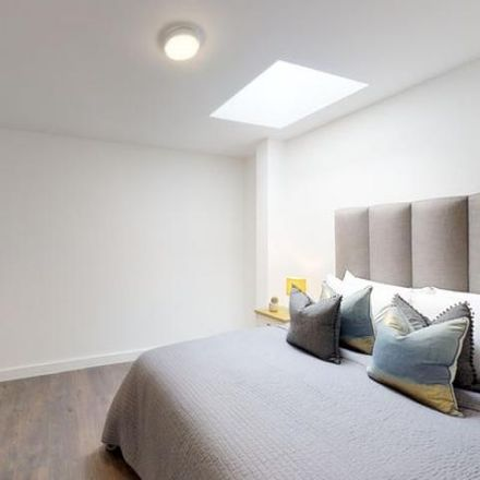 Rent this 2 bed apartment on Russell Way in Crawley RH10 0ZD, United Kingdom