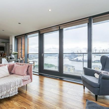 Rent this 2 bed apartment on Neutron Tower in 6 Blackwall Way, London E14 9GW
