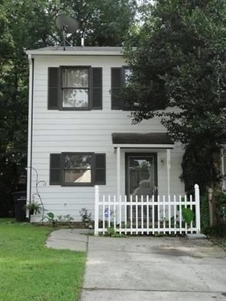 Rent this 2 bed duplex on 133 Greenford Place in Jacksonville, NC 28540