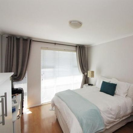 Rent this 3 bed house on Koringblom Street in Soneike, Kuilsrivier