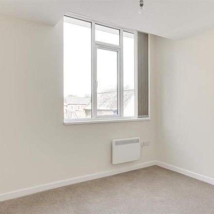 Rent this 1 bed apartment on Costa in 50 High Street, Ashfield NG15 7AX