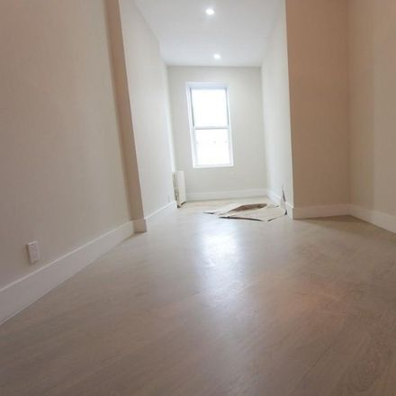 Rent this 3 bed condo on 473 Tompkins Avenue in New York, NY 11216