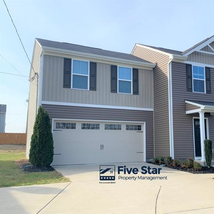 Rent this 3 bed house on 275 Hollandale Road in La Vergne, TN 37086