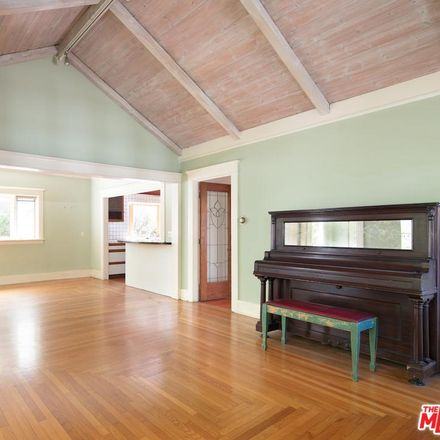 Rent this 2 bed house on 526 Ashland Avenue in Santa Monica, CA 90405