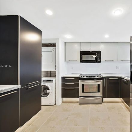 Rent this 2 bed condo on 1925 Brickell Avenue in Miami, FL 33129