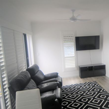 Rent this 1 bed apartment on Runaway Bay