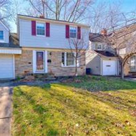 Rent this 3 bed house on 4960 Farnhurst Road in Lyndhurst, OH 44124