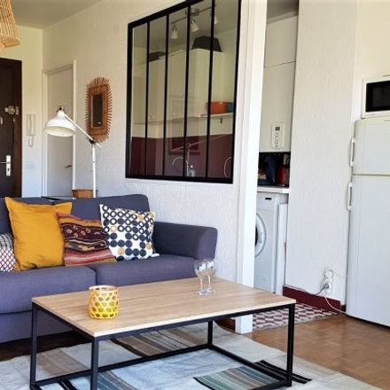 Rent this 1 bed apartment on 123 Rue du Rouet in 13008 Marseille, France