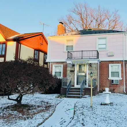 Rent this 4 bed house on 15 176th St in Fresh Meadows, NY