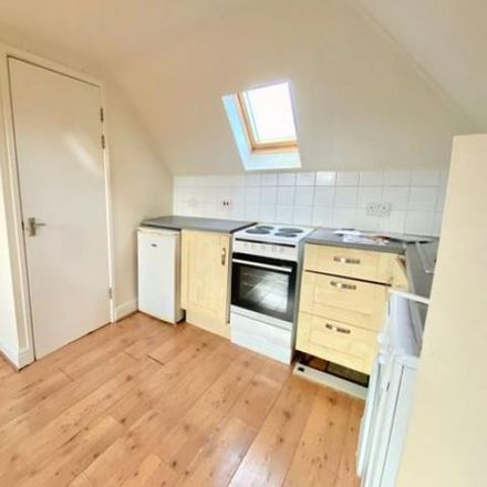 Rent this 2 bed apartment on 7 Signal Road in Kingswood BS16 5PE, United Kingdom