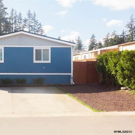 Rent this 4 bed house on SE Powell Blvd in Portland, OR