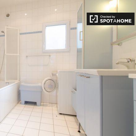 Rent this 1 bed apartment on FARES asbl in Rue de la Concorde - Eendrachtsstraat 56, 1000 Ixelles - Elsene