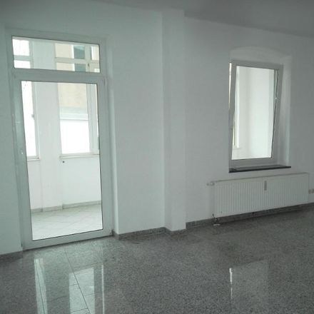 Rent this 3 bed apartment on Dietrich-Bonhoeffer-Straße 1 in 08371 Glauchau, Germany