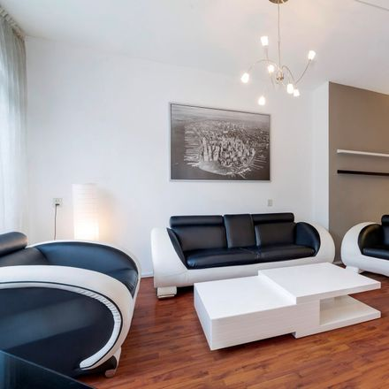Rent this 2 bed apartment on Jonker Fransstraat 107B in 3031 AP Rotterdam, Netherlands