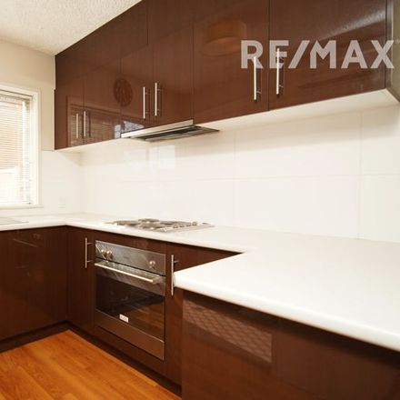 Rent this 2 bed house on 1/53 Fox Street
