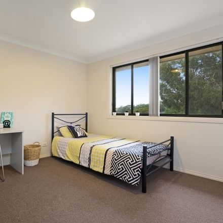 Rent this 1 bed apartment on Room 4/1 Allowah Street