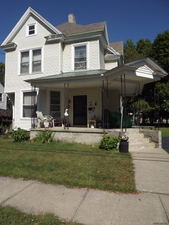 Rent this 3 bed house on 1st St in Glens Falls, NY