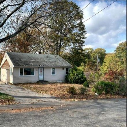 Rent this 3 bed house on 105 Maryton Road in Town of Greenburgh, NY 10603