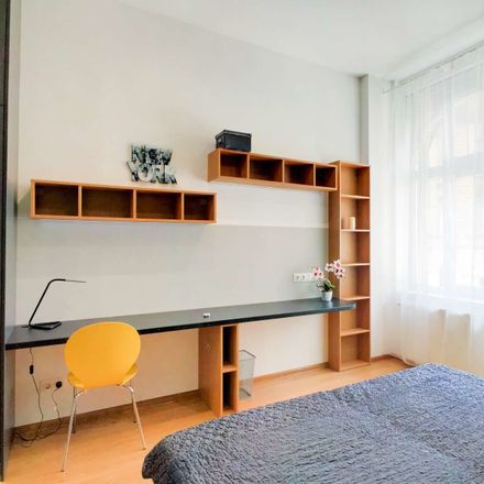Rent this 3 bed room on Budapest in Népszínház u., 1081 Hungary
