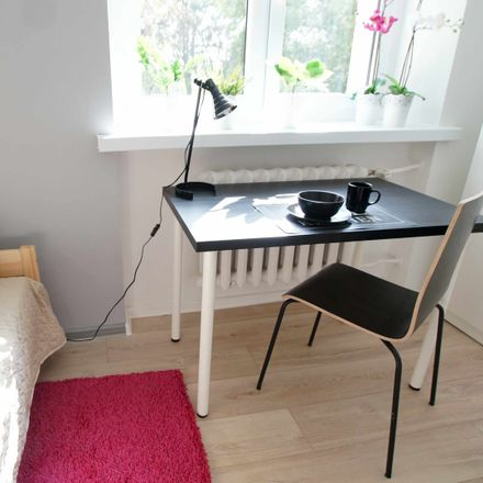 Rent this 3 bed room on Tagore'a 5 in 90-001 Łódź, Polska
