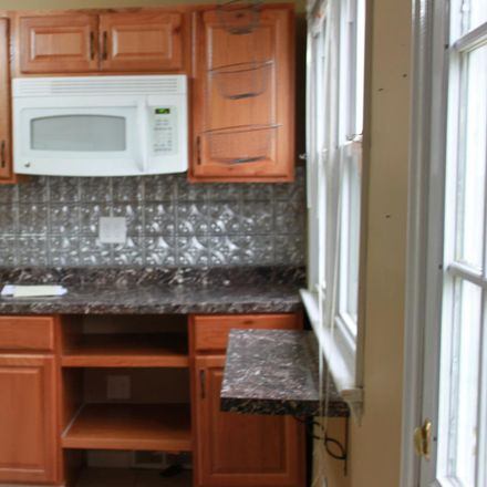 Rent this 3 bed house on 1024 Mansion Avenue in Haddon Township, NJ 08108