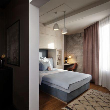 Rent this 1 bed apartment on Frankensteiner Straße 20 in 60594 Frankfurt, Germany