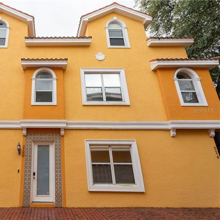 Rent this 3 bed condo on 220 7th Avenue North in Saint Petersburg, FL 33701