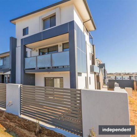 Rent this 3 bed townhouse on 34/1 Gifford Street