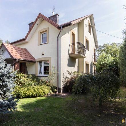 Rent this 5 bed house on Zegrzyńska 8 in 05-118 Legionowo, Poland