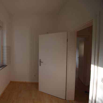 Rent this 3 bed apartment on Kiefernstraße 25 in 45525 Hattingen, Germany
