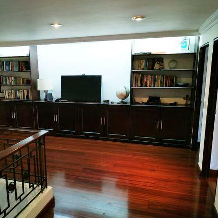 Rent this 3 bed apartment on Casa de la Cultura Julio E. Lleras in Carrera 6, La Candelaria
