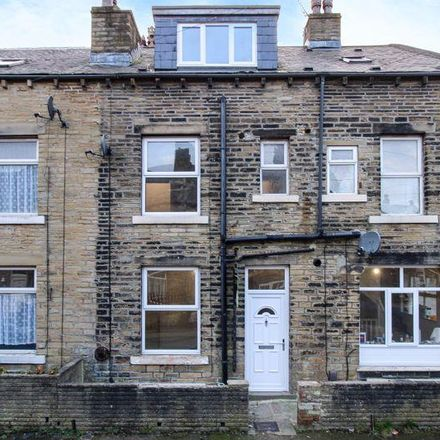 Rent this 2 bed house on Autumn Street in Calderdale HX1 3QA, United Kingdom