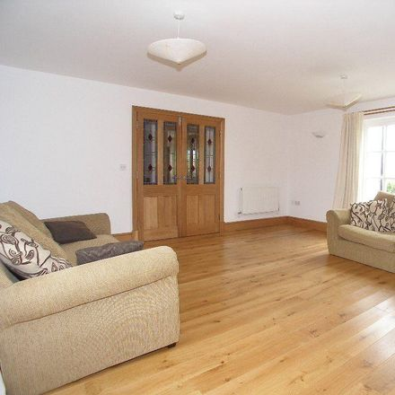 Rent this 4 bed house on Chapel Road in Broughton CF71 7QR, United Kingdom