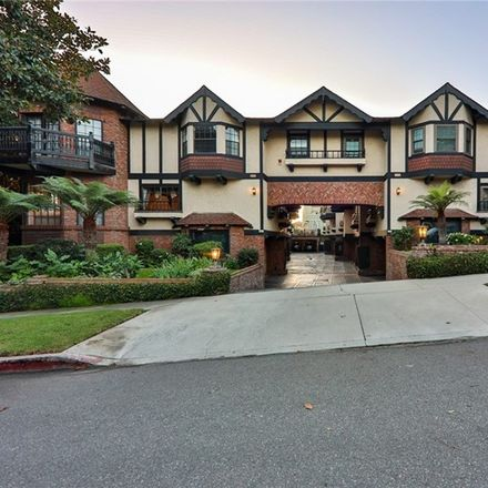 Rent this 3 bed condo on 227 South Irena Avenue in Redondo Beach, CA 90277