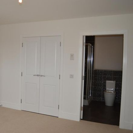 Rent this 2 bed apartment on Mulberry Road in Renfrew PA4 8FA, United Kingdom