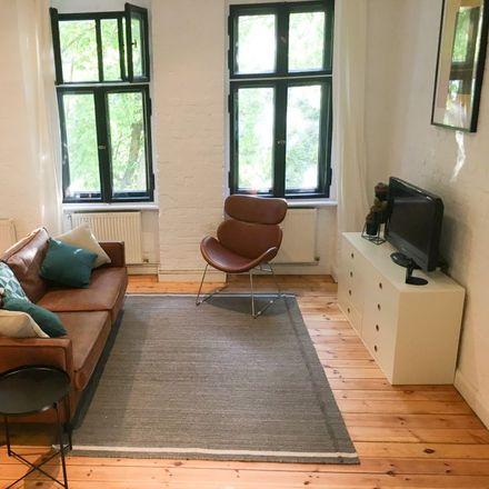 Rent this 1 bed apartment on Berliner Straßenbrunnen in Schillerpromenade, 12049 Berlin